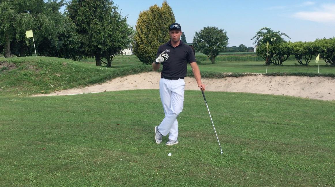 Comment éviter les tops de golf et les rayures?