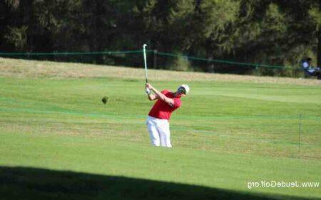 Comment jouer un fer 5 au golf ?