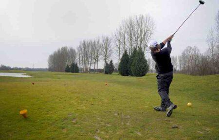 Comment jouer vite au golf