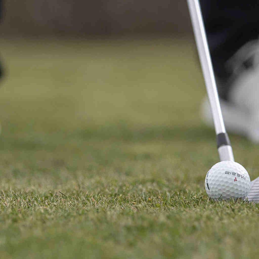 Comment le golf se passe-t-il bien?